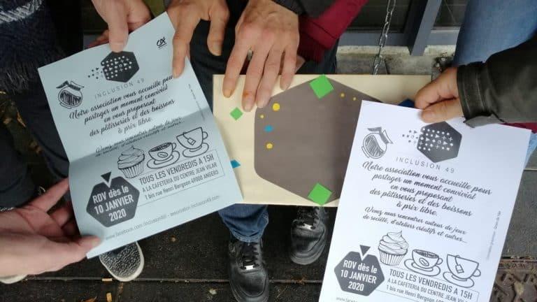 Les affiches de communication pour les cafés au centre Jean Vilar.